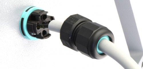 Armaturen snel & gemakkelijk aangesloten via de buitenzijde met Techno TH391